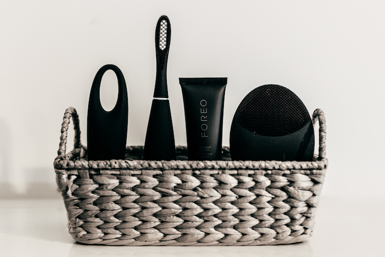 Foreo for MEN complete kit