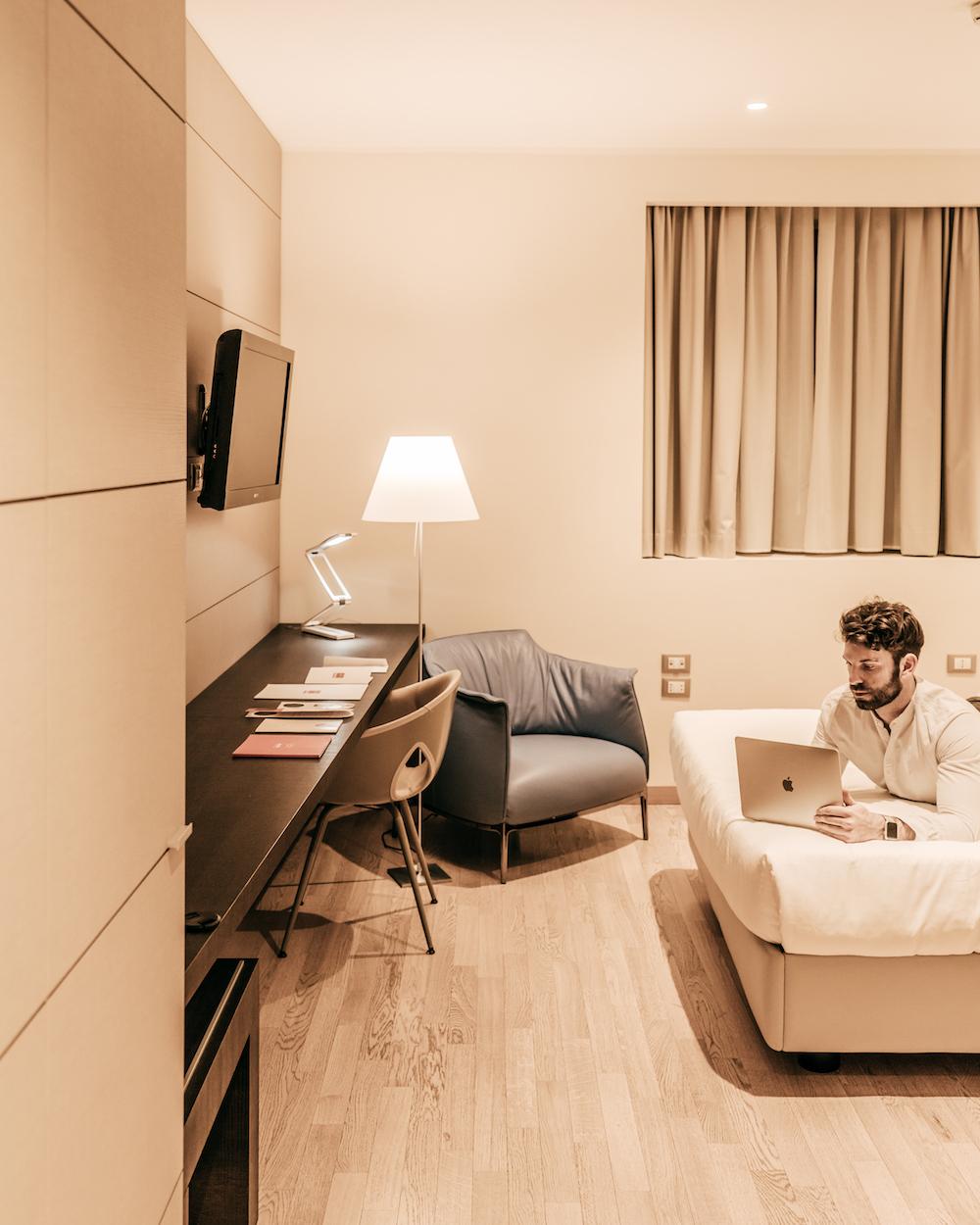 Gianluca Fazio TheRerumNatura Hotel Bologna Fiera