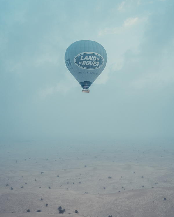 BALLOON ADVENTURES DUBAI Mongolfiera Land Rover